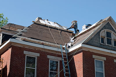 local roofers replacing roof in sheboygan county